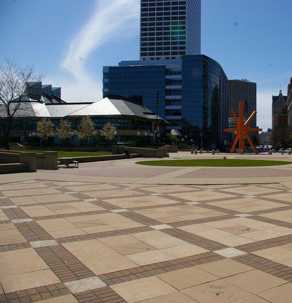 Dalios Staponkutės nuotr./Milwaukee, JAV: urbanistinės erdvės be medžių – erdvės be žmonių