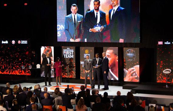 Getty Images/Euroleague.net nuotr./Brandonas Daviesas Eurolygos apdovanojimų ceremonijoje