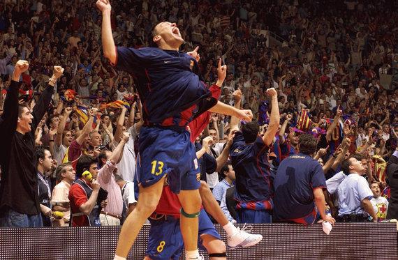 Getty Images/Euroleague.net nuotr./Šarūnas Jasikevičius ir triumfas Eurolygoje 2003 m.