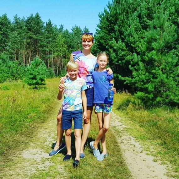 Projekto partnerio nuotr./Vlada Musvydaitė su vaikais