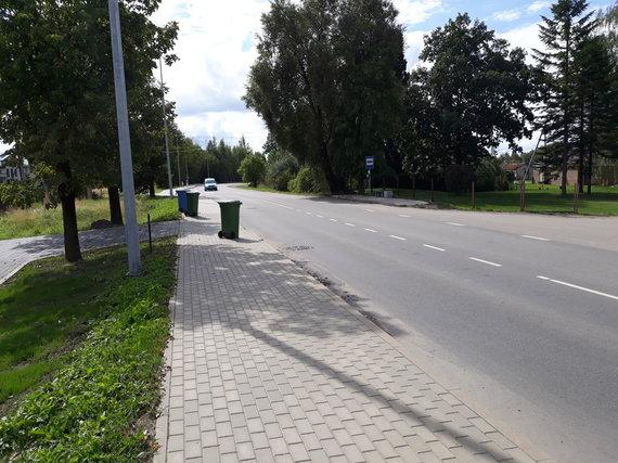 Rino Bakanevičiaus nuotr./Kelias Noreikiškėse, kur prašoma įrengti pėsčiųjų perėją