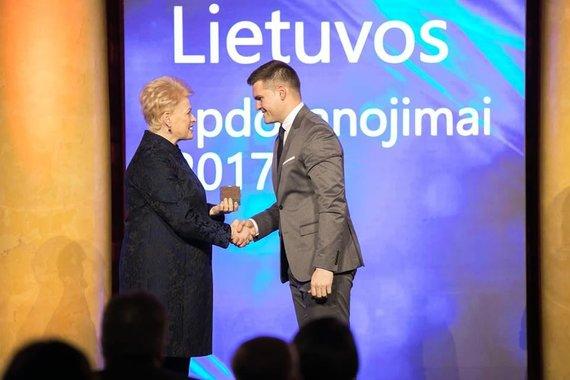 Asmeninio D.Kaminsko albumo nuotr./Dovydas Kaminskas su Dalia Grybauskaite