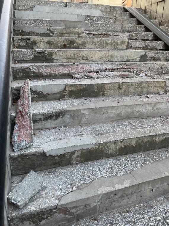 """Gretos Griškevičiūtės nuotr./""""Aklųjų"""" sankryžos požeminės perėjos būklė"""