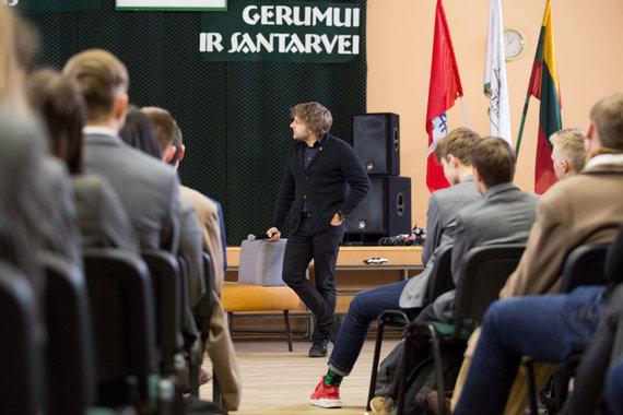 Mariaus Vizbaro / 15min nuotr./Benediktas Vanagas susitiko su Kauno moksleiviais