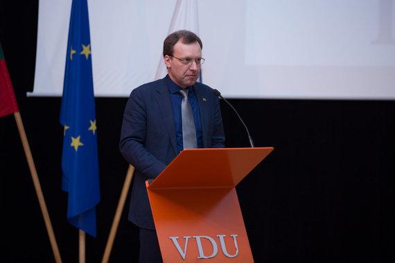 Mariaus Vizbaro / 15min nuotr./Darbo partijos suvažiavime : partijos pirmininko rinkimai