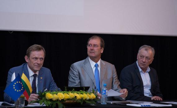 Mariaus Vizbaro / 15min nuotr./Darbo partijos suvažiavimas : partijos pirmininko rinkimai