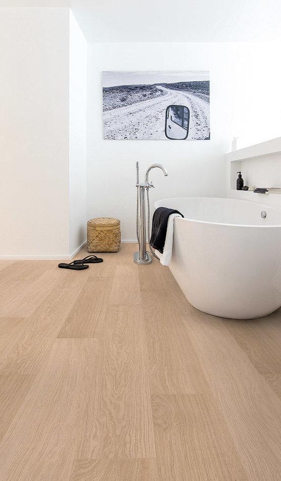 Bendrovės nuotr./Quick-Step laminuotos grindys Baltai lakuotas ąžuolas iš Impressive kolekcijos (Belgija)