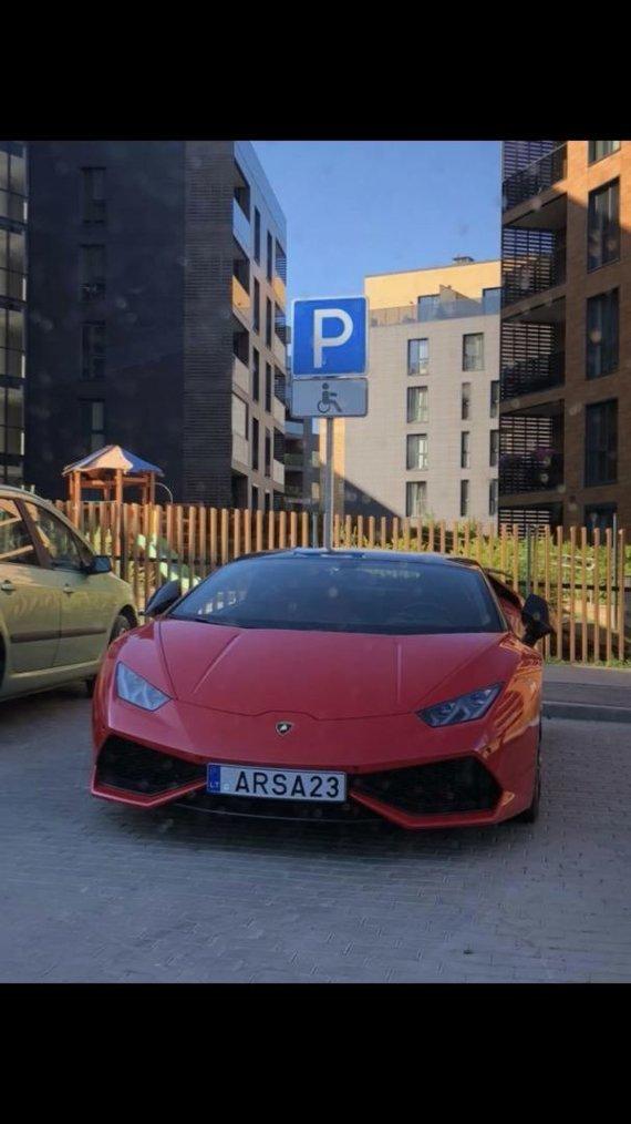"""15min skaitytojo nuotr./Pauliaus Aršausko """"Lamborghini"""""""