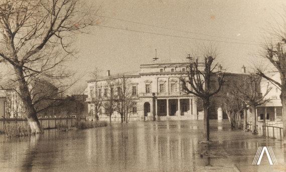 Fotografija iš www.archivesofculture.com /Vrublevskių biblioteka