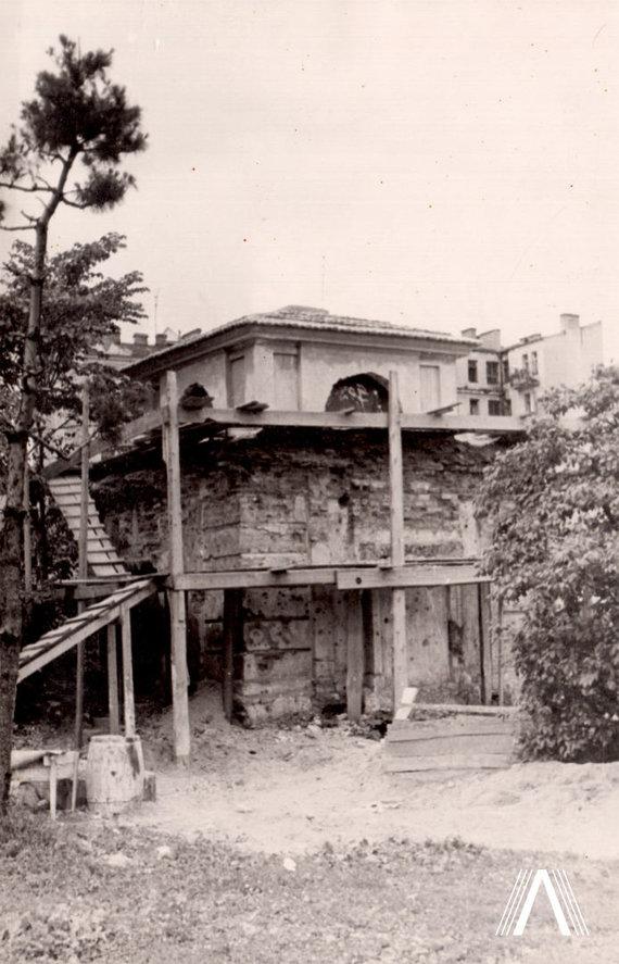 Fotografija iš www.archivesofculture.com/Šrėterių koplyčia prieš restauravimą 1954 m.