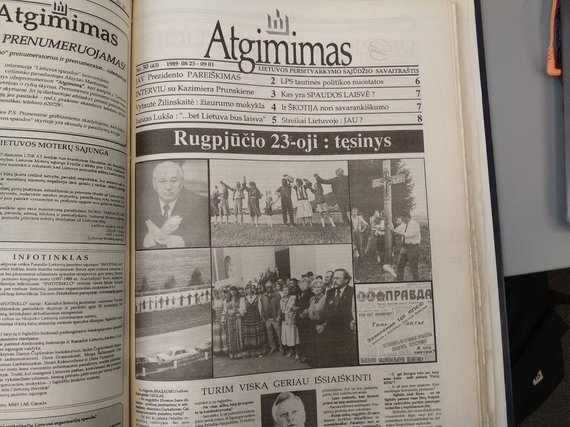 """Ugniaus Antanavičiaus nuotr./1989 m. rugpjūčio 25 d. """"Atgimimo"""" viršelis"""