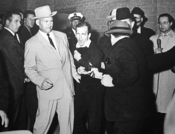 Wikimedia Commons nuotr./Jackas Ruby nušauna Lee Harvey Oswaldą