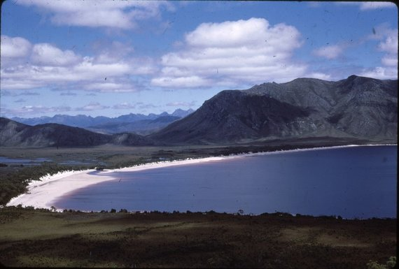 Wikimedia Commons nuotr. / CC BY-SA 2.0/Pederio ežeras prieš jį užtvenkiant