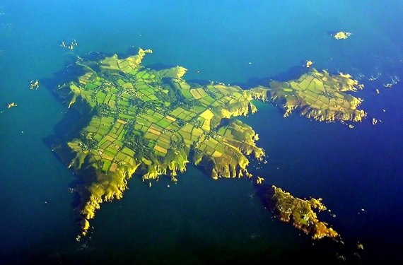 Wikimedia Commons nuotr. / CC BY-SA 2.0/Sarko sala iš oro