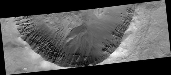 NASA/JPL/Arizona state university/Vandens daubų kanalai Marse