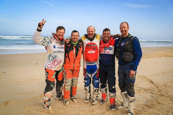 """Jorge Cunha nuotr./Tomas Jančys finišavo """"Africa Eco Race"""" varžybose"""