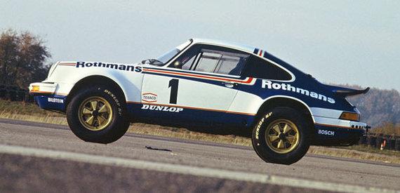 """""""Porsche"""" nuotr./""""Porsche 911 Carrera 4x4"""""""