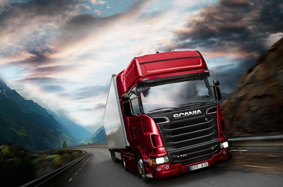 """Scania"" nuotr./""Scania V8"""
