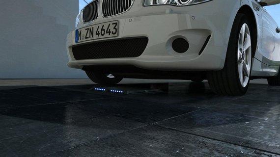 BMW nuotr./BMW belaidis krovimas