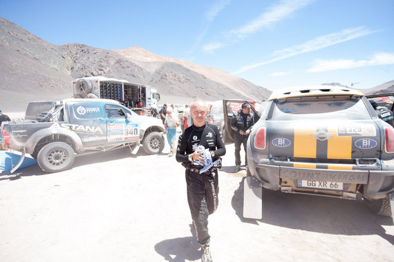 Elijaus Kniežausko nuotr./Ketvirto greičio ruožo startas Čilėje