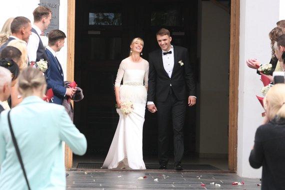 Alvydo Januševičiaus nuotr./Maratoninkė Remalda Kergytė Šiauliuose ištekėjo už krepšininko Deivido Dauskurdžio