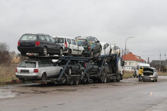 Alvydo Januševičiaus nuotr./Automobilių prekyba Šiauluose ir Radviliškyje