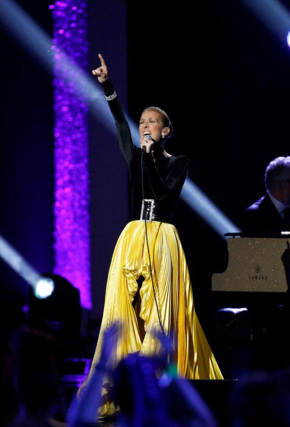 """""""Reuters""""/""""Scanpix"""" nuotr./Celine Dion su dizainerio Alexandre Vauthier suknia"""