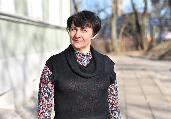 """V.Samulionytės nuotr./Alzheimerio liga sergančiųjų artimųjų klubo """"Atmena"""" pirmininkė Raimonda Šoparienė"""