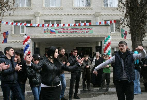 """""""Scanpix"""" nuotr./Vis jaunesnius čečėnus patraukia """"Islamo valstybės"""" propaganda"""