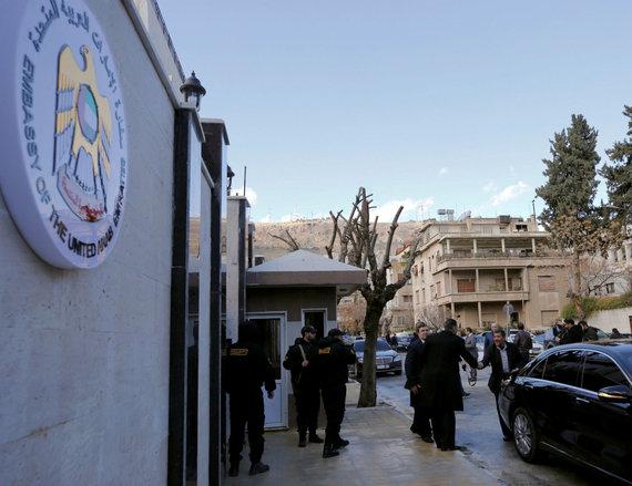 """""""Reuters""""/""""Scanpix"""" nuotr./Jungtinių Arabų Emyratų ambasada Damaske buvo vėl atidaryta"""