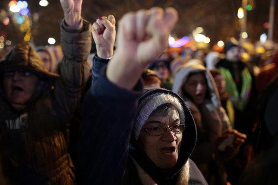 """""""Scanpix""""/AP nuotr./Protestuotojai Bania Lukoje"""
