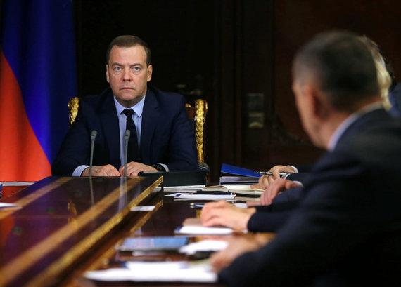 """""""Scanpix"""" nuotr./Dmitrijus Medvedevas vadovauja nepopuliariai vyriausybei"""