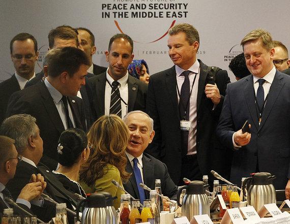 """Scanpix""/AP nuotr./Benjaminas Netanyahu konferencijoje Varšuvoje"