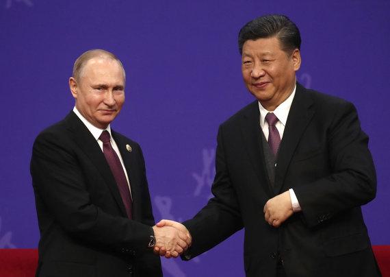 """""""Scanpix""""/ITAR-TASS nuotr./Xi Jinpingas ir Vladimiras Putinas svarbiame forume Pekine"""