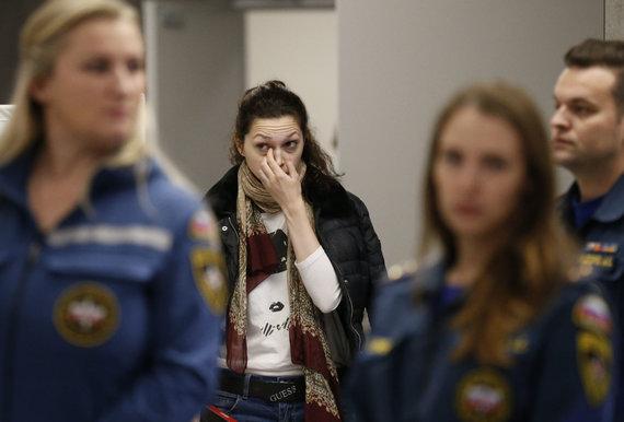 """""""Scanpix""""/AP nuotr./Lėktuvo keleivių artimieji"""