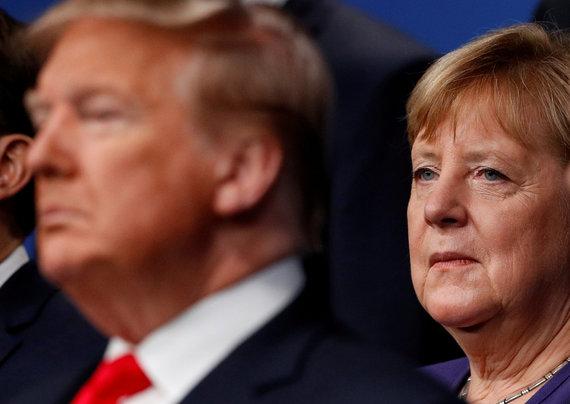 """""""Reuters""""/""""Scanpix"""" nuotr./Donaldas Trumpas ir Angela Merkel"""