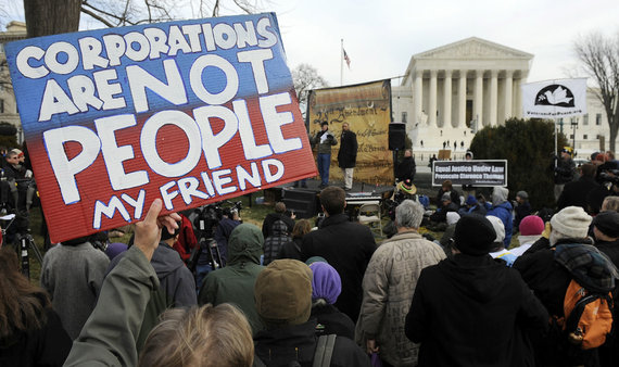 """""""Facebook"""" nuotr./""""Korporacijos – ne žmonės"""", – skylėtais rinkimų finansavimo įstatymais piktinasi amerikiečiai."""