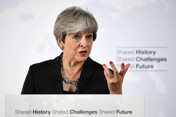 """Scanpix""/""PA Wire""/""Press Association Images"" nuotr./Theresa May Florencijoje"