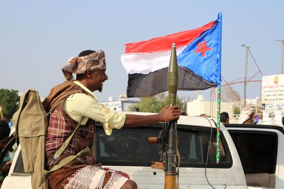 """Reuters""/""Scanpix"" nuotr./Jemeno laikinąją sostinę drebino intensyvūs mūšiai"