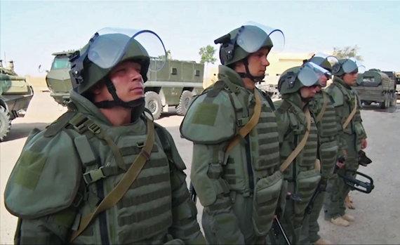 """""""Scanpix"""" nuotr./Rusijos kariuomenės inžinieriai Deir ez Zore"""
