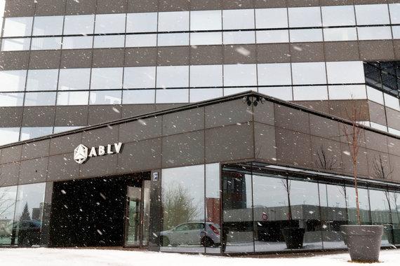 """""""Reuters""""/""""Scanpix"""" nuotr./Banko ABLV būstinė Rygoje"""