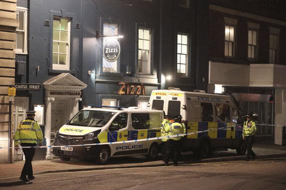 """Scanpix""/AP nuotr./Policija prie restorano ""Zizzi"" Selsburyje"