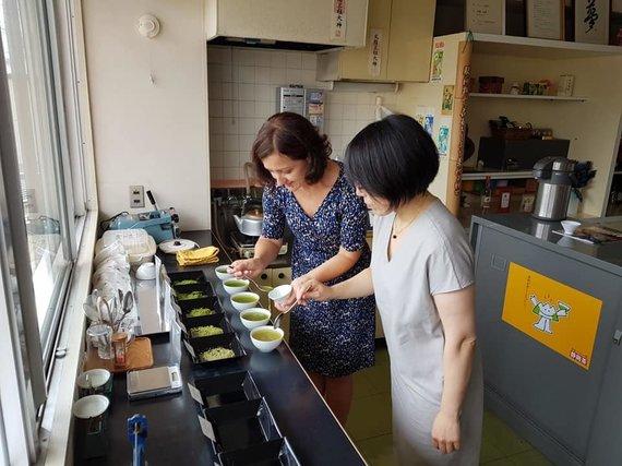 Asmeninio albumo nuotr./Anna pas arbatos gamintojus Japonijoje