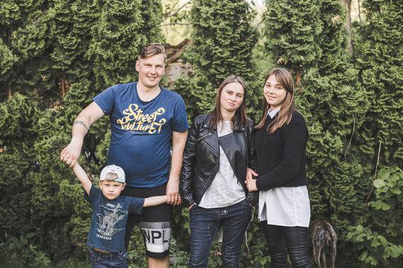 FotoPlunksna nuotr./Martynas su Margiriu, Miglė ir Meilutė