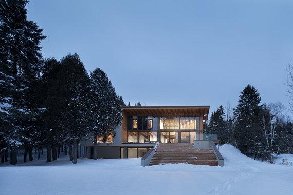Adrien Williams nuotr./Žiemos namas Kanadoje