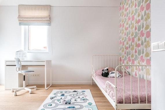 Beno Šileikos nuotr./Skandinaviško stiliaus namo interjeras, sukurtas jaunai šeimai