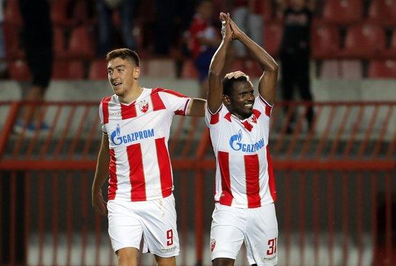 """""""Scanpix""""/""""SIPA"""" nuotr./Belgrado """"Crvena zvezda"""" futbolininkai pirmajame Čempionų lygos atrankos etapą įveikė Jūrmalos komandą."""