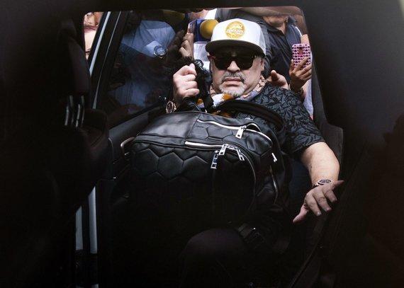 """""""Scanpix"""" nuotr./Diego Maradona atvyko į Meksikos miestą Kuljakaną."""
