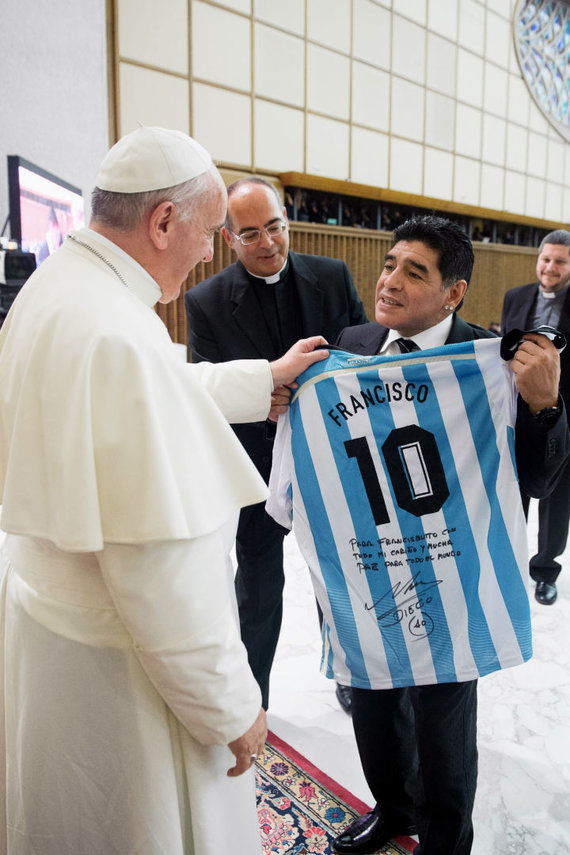 """""""Scanpix"""" nuotr./Popiežius Pranciškus ir Diego Maradona"""