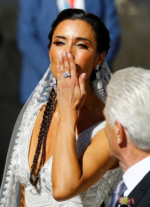 """""""Scanpix"""" nuotr./Ispanijoje susituokė Sergio Ramosas ir Pilar Rubio."""